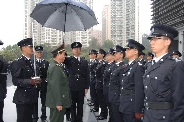 解放军驻香港部队司令员简历