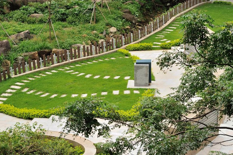 New Garden Of Remembrance Opens At Diamond Hill With Photos