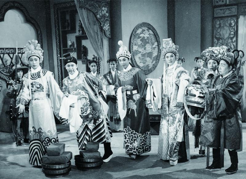 《楊八姐鬧金鑾》(1963)劇照。