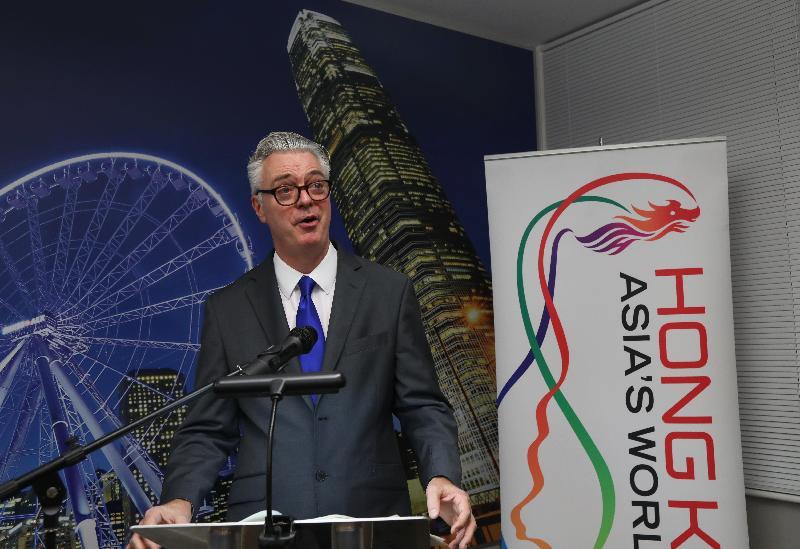 英國財政部經濟事務秘書郝世民於十二月六日(倫敦時間)在倫敦香港金融服務業論壇2016酒會上致辭。