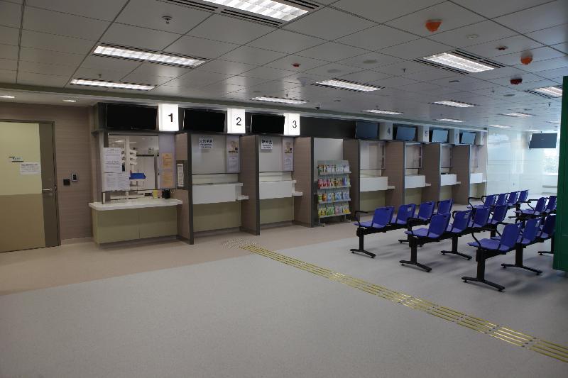 新界西醫院聯網今日(一月三日)公布天水圍醫院下星期一(一月九日)起分階段投入服務。天水圍醫院首階段主要提供非緊急及日間服務。