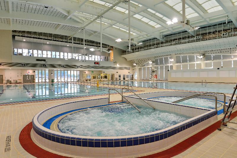 堅尼地城游泳池下星期二(二月七日)起提供全新的室內暖水游泳設施,包括圖示的橢圓形按摩池。