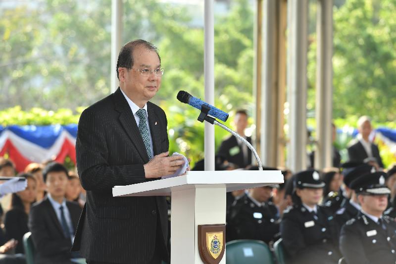 政務司司長張建宗今日(三月二十四日)在入境事務處學員結業會操上致辭。