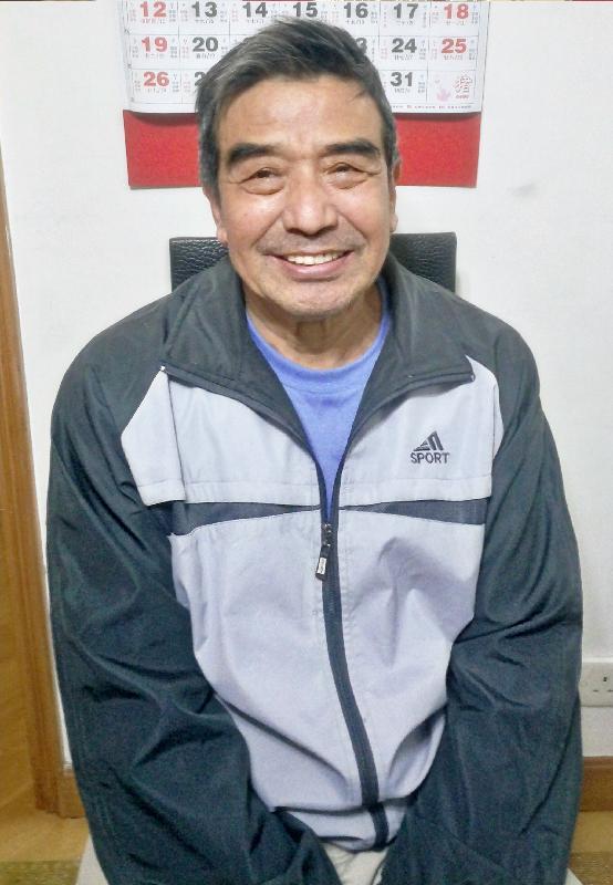 六十八歲男子龔詩釗,身高約一點七一米,體重約七十三公斤,肥身材,方面型,黃皮膚及蓄短直黑髮。他最後露面時身穿灰色短袖上衣、深綠色長褲和白色運動鞋。