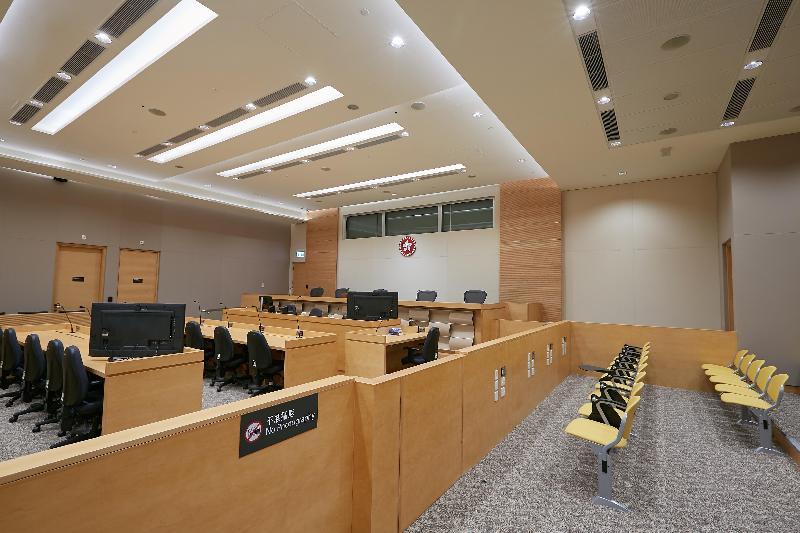 終審法院首席法官馬道立今日(五月十二日)為西九龍法院大樓主持啟用典禮。圖為淫褻物品審裁處法庭。