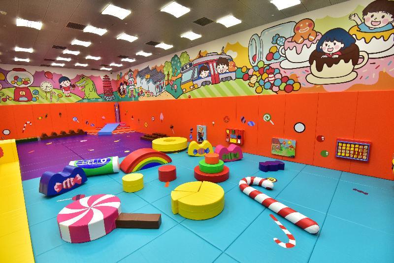 全新的元朗體育館位於元朗文化康樂大樓的三樓及四樓,面積約七千六百平方米。圖示兒童遊戲室。