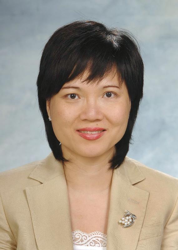 現任教育局常任秘書長黎陳芷娟將於二○一七年七月五日出任保安局常任秘書長。