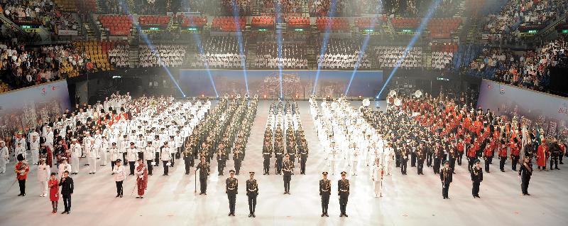 「國際軍樂匯演」集多支中外軍樂團於七月十三日至十五日在香港體育館演出。圖為二○一二年「國際軍樂匯演」的演出照片。
