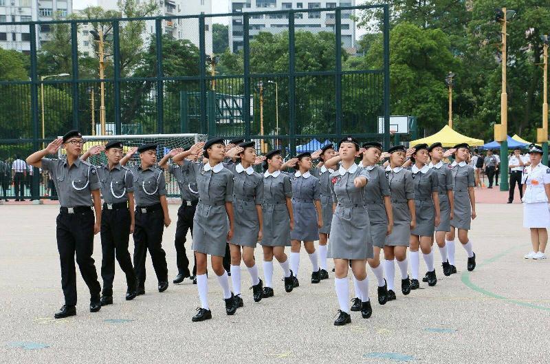 青少年制服團隊大巡遊暨嘉年華於七月十六日(星期日)舉行。圖示將參與大巡遊的香港聖約翰救傷隊少青團。
