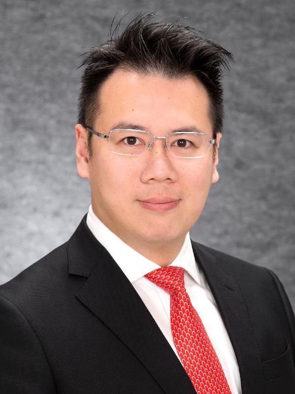 The new District Officer (Kwun Tong), Mr Steve Tse.