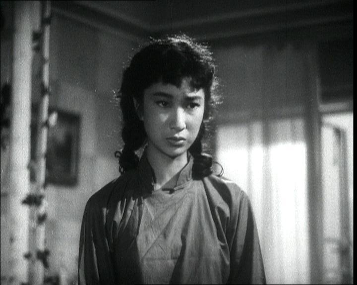 為紀念樂蒂的八十歲誕辰,康樂及文化事務署香港電影資料館於八月二十五日至九月三十日舉行「淡妝濃抹總相宜——樂蒂八十誕辰紀念展」,選映二十一齣樂蒂的電影。圖為《日出》(1956)劇照。