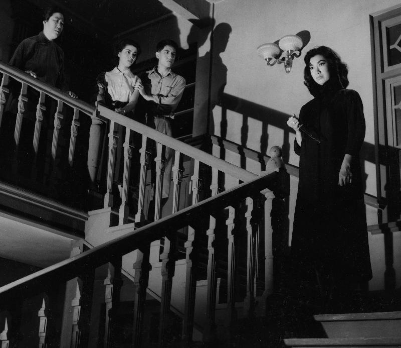 為紀念樂蒂的八十歲誕辰,康樂及文化事務署香港電影資料館於八月二十五日至九月三十日舉行「淡妝濃抹總相宜——樂蒂八十誕辰紀念展」,選映二十一齣樂蒂的電影。圖為《捉鬼記》(1957)劇照。