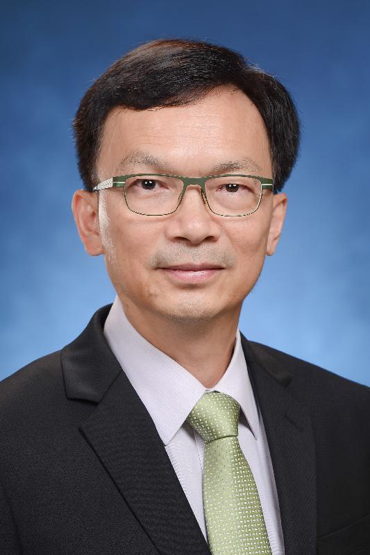 發展局副局長廖振新。