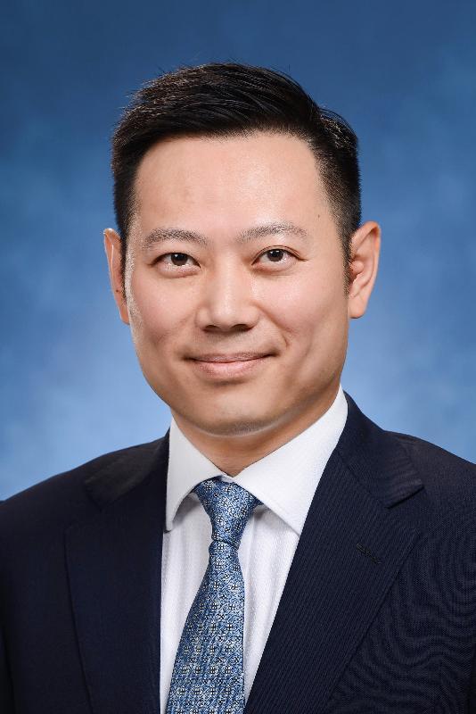 勞工及福利局副局長徐英偉。
