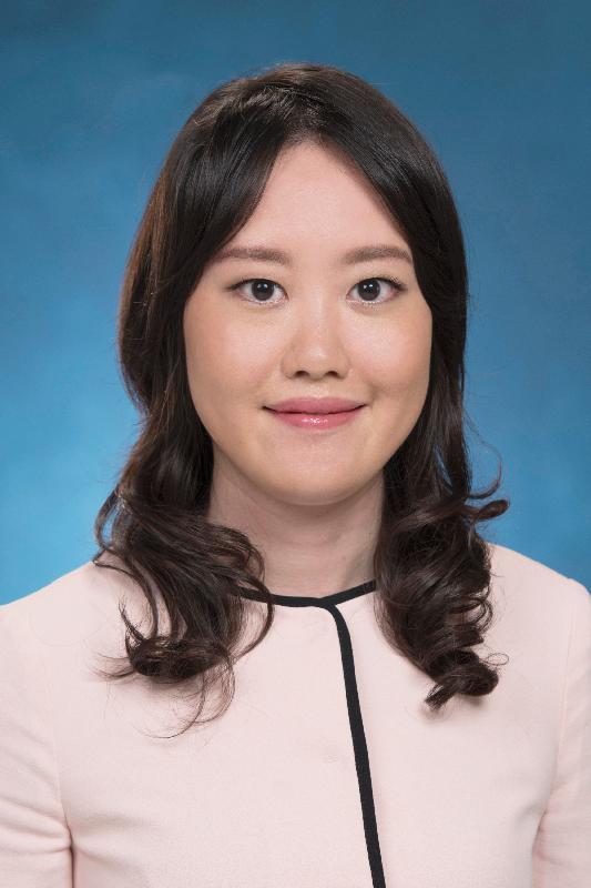 財經事務及庫務局局長政治助理楊寶蓮。
