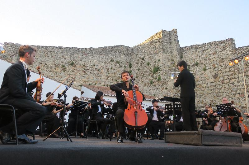 Three Hong Kong orchestras performed in Europe with the support of the Hong Kong Economic and Trade Office in Brussels to mark the 20th anniversary of the establishment of the Hong Kong Special Administrative Region. Photo shows the Hong Kong Sinfonietta performing at the Marvão Castle in Portugal on July 23 (Marvão time).