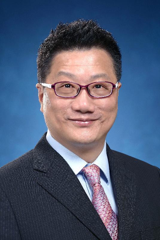 民政事務局副局長陳積志。