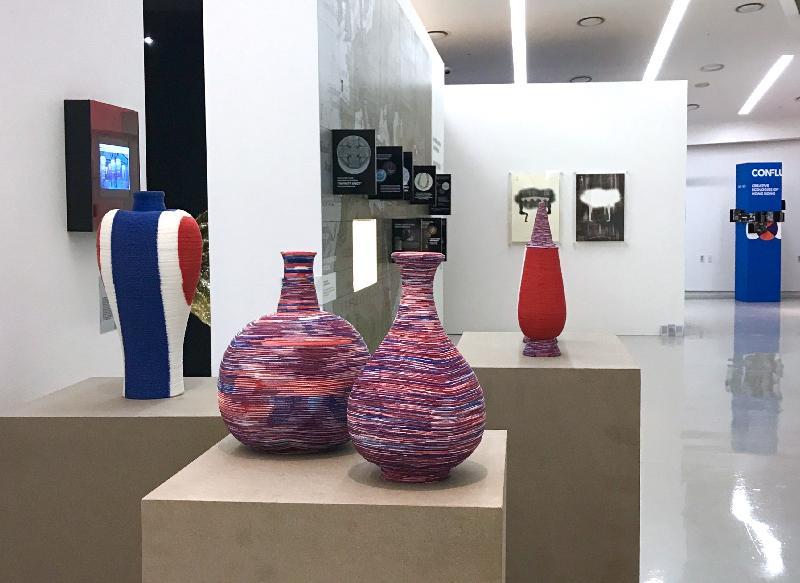 香港設計展Confluence‧20+ Creative Ecologies of Hong Kong現正在韓國首爾的東大門設計廣場舉行,展期至九月十六日。