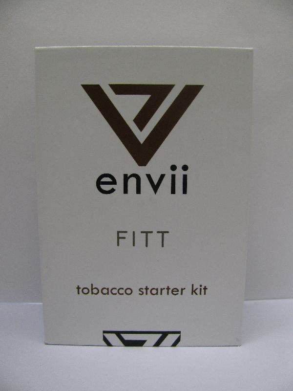 一名男子今日(九月七日)因涉嫌非法售賣一款名為「envii FITT tobacco starter kit」的產品被捕,該產品被驗出含有尼古丁。