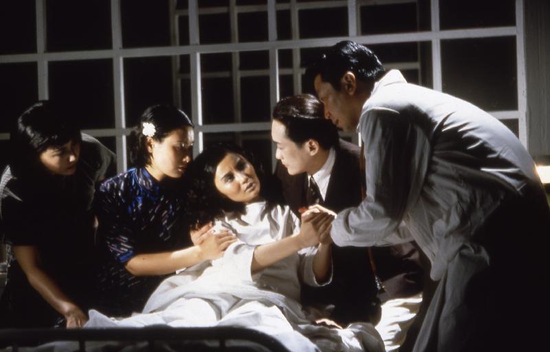 為響應「世界視聽遺產日」,康樂及文化事務署香港電影資料館推出特備節目,於十月二十七日(星期五)晚上七時在資料館電影院選映《阮玲玉》(1992)。圖示《阮玲玉》劇照。