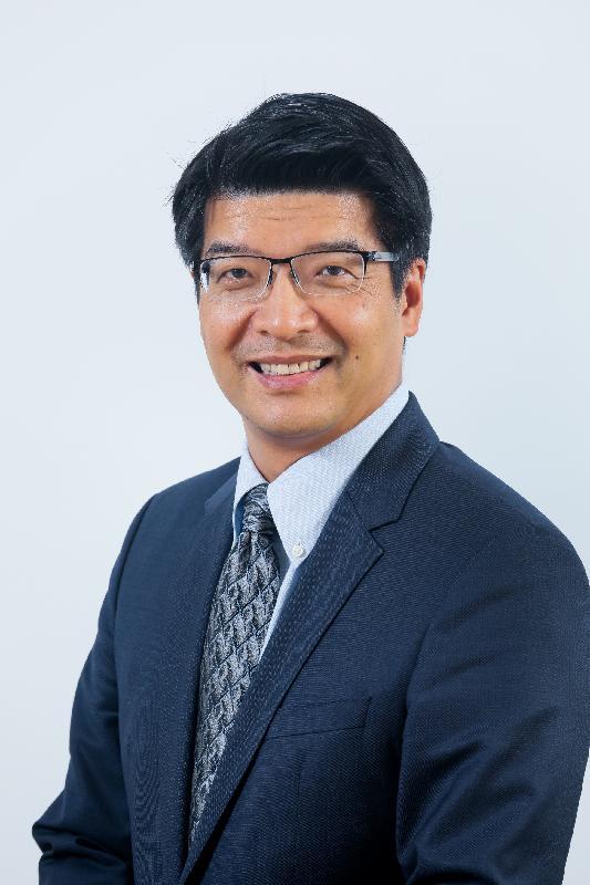 醫院管理局今日(九月二十八日)宣布,現任葛量洪醫院行政總監彭飛舟醫生今年十一月一日起兼任東華醫院行政總監。