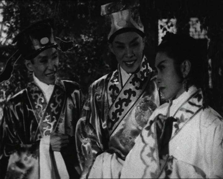 為響應「粵劇日2017」,康樂及文化事務署香港電影資料館將舉辦「再遇戲迷情人」節目,於十一月二十五和二十六日選映三齣粵劇名伶任劍輝的電影。圖為《杜十娘怒沉百寶箱》(1956)劇照。