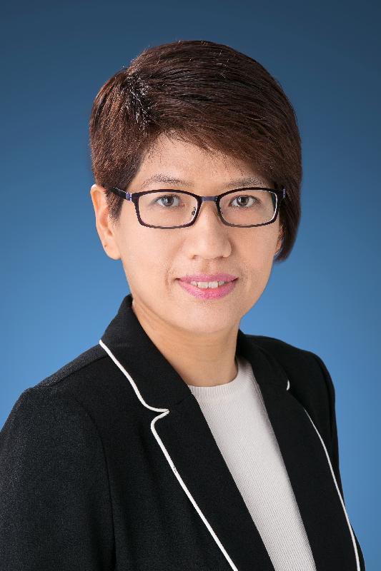 財政司司長政治助理何翠萍。