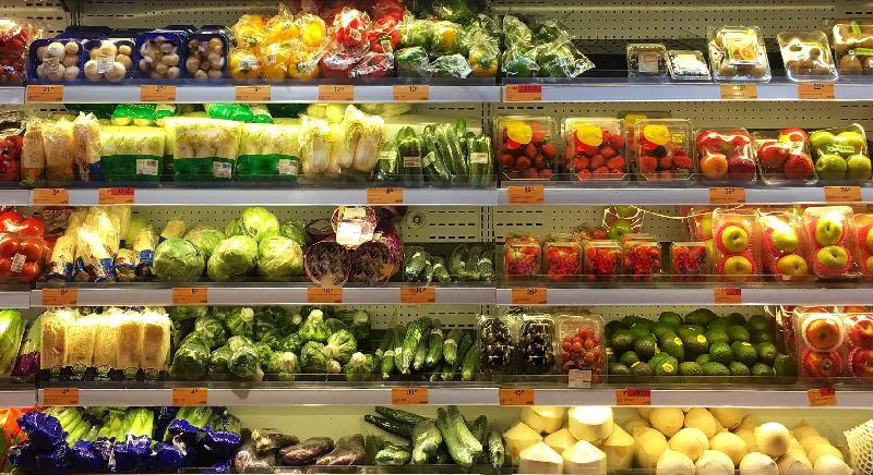 申訴專員劉燕卿今日(十一月十三日)發表有關「食物環境衞生署對進口蔬果安全的監控制度」的主動調查結果。
