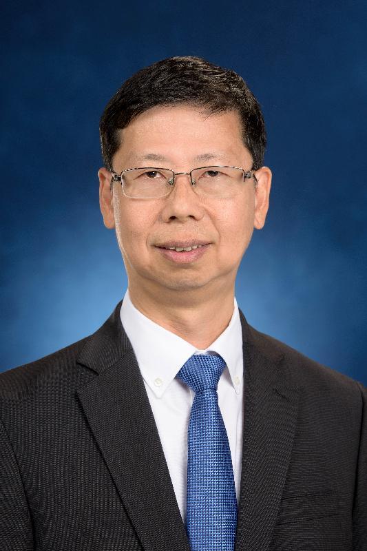 現任水務署副署長黃仲良將於二○一七年十二月三日出任水務署署長。
