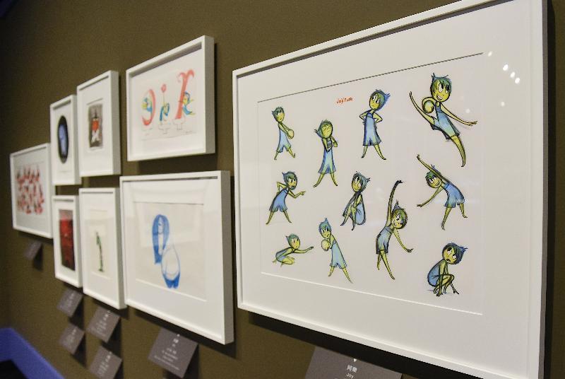 「彼思動畫30年:家+友‧加油!」展覽開幕典禮今日(十一月十七日)在香港文化博物館舉行。圖示《玩轉腦朋友》(2015)畫作。