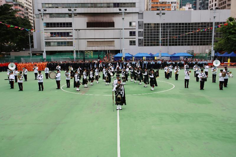 民眾安全服務隊(民安隊)樂隊今日(十一月十九日)在民安隊六十五周年紀念會操中表演。
