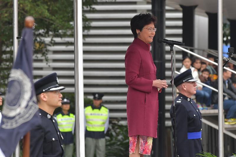 行政長官林鄭月娥(中)今日(十一月二十五日)上午在香港警察學院結業會操上致辭。