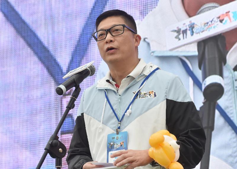 警務處行動處處長鄧炳強今日(一月二十八日)於「單手掌上壓挑戰」啟動禮上致辭。