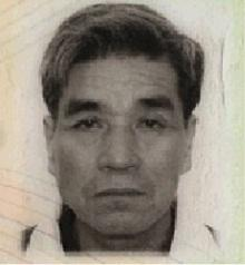 Lai Fat-on, aged 67, is about 1.65 metres tall, 70 kilograms in weight and of fat build. He has a square face with yellow complexion and short straight white and grey hair. He was last seen wearing a brown checked shirt, grey sports trousers and dark colored sports shoes.