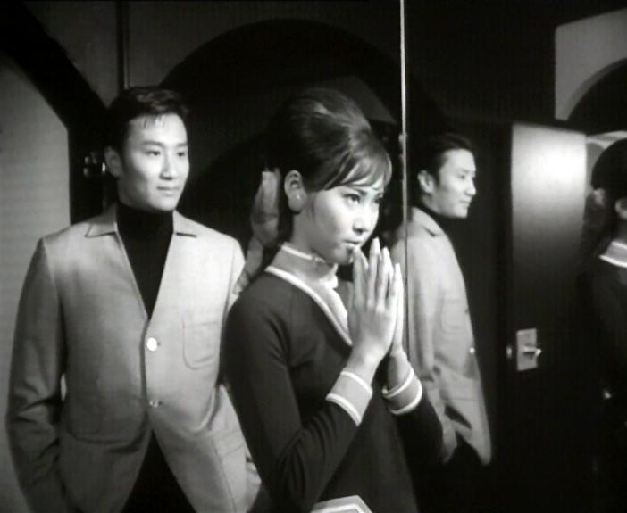 康樂及文化事務署香港電影資料館的「影畫早晨」節目將以「最佳拍檔之談談情」為題,選映六對為人熟悉的銀幕情侶的代表作。圖為《冬戀》(1968)劇照。