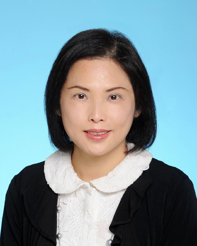 現任民政事務局常任秘書長馮程淑儀將於二○一八年四月三日出任政策創新與統籌辦事處總監。