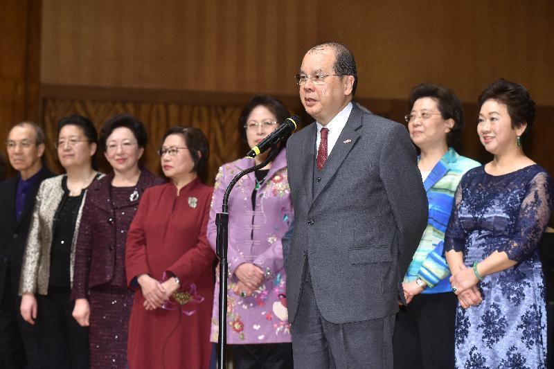 政務司司長張建宗今日(三月二十二日)出席慶祝三八國際婦女節暨港區婦聯代表聯誼會成立十周年音樂會,並在音樂會上致辭。