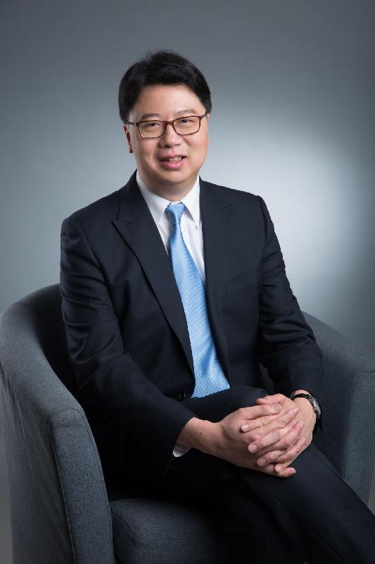 醫院管理局今日(五月二十四日)宣布莊義雄醫生七月一日起兼任聖母醫院行政總監。