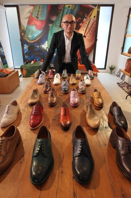 創立於一八七七年的西班牙祖傳手工皮具品牌Lottusse今日(五月二十九日)在重新開放的中區警署及域多利監獄開設香港旗艦零售店。圖為該品牌的亞洲經理Yuji Yosumi。