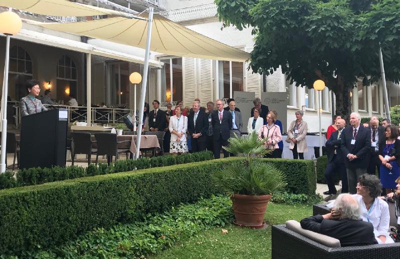 行政長官林鄭月娥今日(林道時間六月二十四日)出席林道諾貝爾獎得主大會。圖示林鄭月娥在大會晚宴前的酒會致辭。