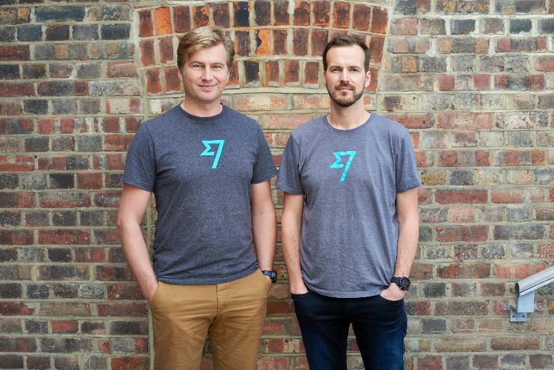 總部設於倫敦、在金融科技界具領導地位的TransferWise今日(七月六日)宣布正式推出國際匯款平台。圖為TransferWise創辦人Kristo Käärmann(左)和Taavet Hinrikus。