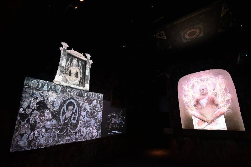 香港文化博物館本年度重點展覽「數碼敦煌——天上人間的故事」明日(七月十一日)起舉行。展覽透過虛擬實境和影像融合重現石窟內容,讓觀眾體驗虛擬石窟漫遊。圖示虛擬莫高窟第二五四窟。