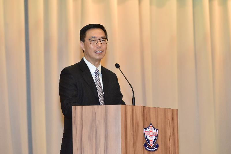 教育局局長楊潤雄今日(七月十一日)在基督書院致辭,勉勵應屆香港中學文憑考試考生。