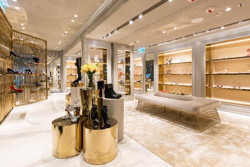 意大利手工鞋履生產商Rene Caovilla今日(十一月十四日)在尖沙咀海港城開設旗艦店。