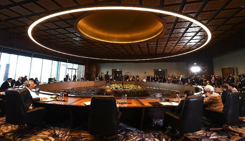 行政長官林鄭月娥(右九)今日(十一月十八日)上午在巴布亞新畿內亞莫爾兹比港出席亞太區經濟合作組織二○一八領導人非正式會議。