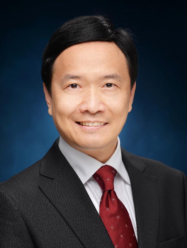 The Director of Audit, Mr John Chu Nai-cheung.