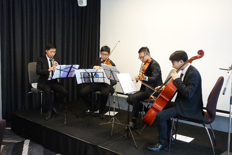 香港駐倫敦經濟貿易辦事處一月二十三日(赫爾辛基時間)在芬蘭赫爾辛基舉辦新春午餐會。圖示來自香港Ponte Orchestra的音樂家於午餐會上表演。