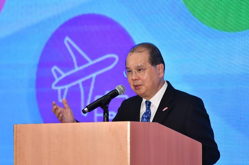 政務司司長張建宗今日(二月十八日)在「企業內地與海外暑期實習計劃2019」啟動禮致辭。