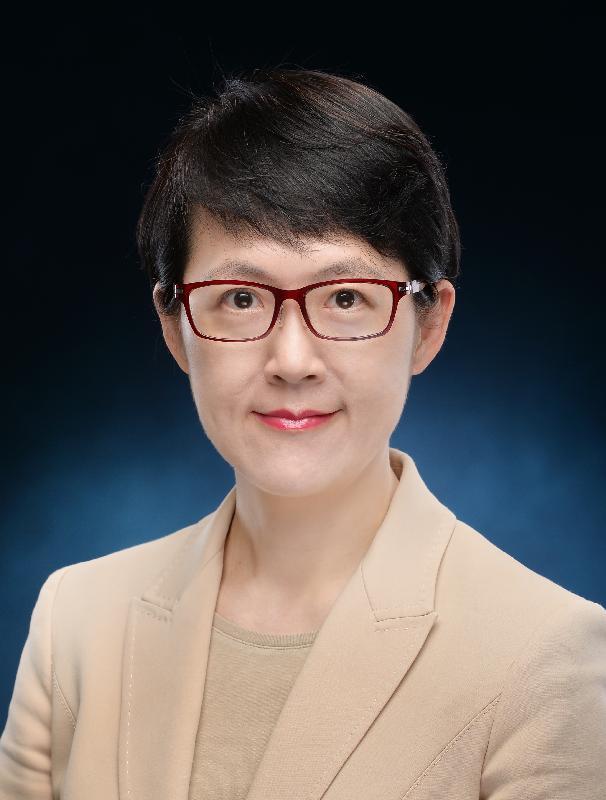 現任行政署長蔡潔如服務政府超過三十二年後,將展開退休前休假。