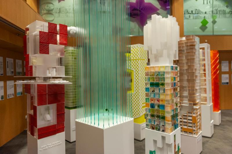 第十六届威尼斯国际建筑双年展──香港回应展「垂直肌理:密度的地景」开幕礼今日(三月二十五日)在展城馆举行。图示展城馆内的展品。